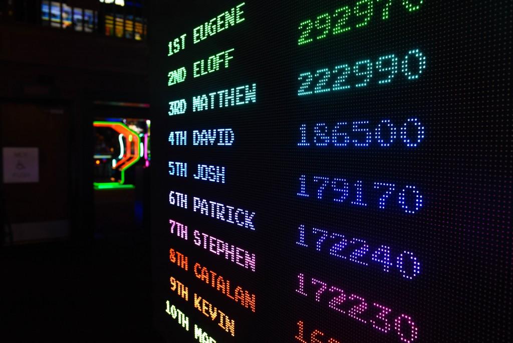 amusement-arcade-colorful-1293269
